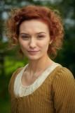 Eleanor Tomlinson Lizzie