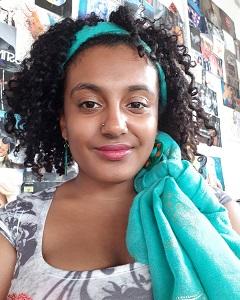 Zarina Macha Author Photo